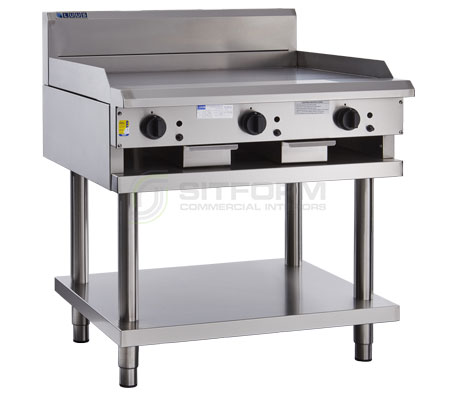 Luus Professional Series CS-9P –  900mm Griddle with legs & shelf | Griddles