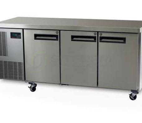 SKOPE  PEGASUS PG400 3 Solid Door 1/1 Underbench GN Freezer | Underbench - Freezers