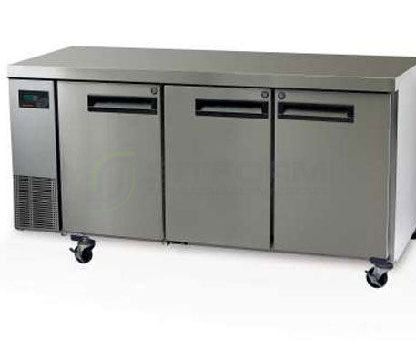 SKOPE  PEGASUS PG400 3 Solid Door 1/1 Underbench GN Freezer Remote | Underbench - Freezers