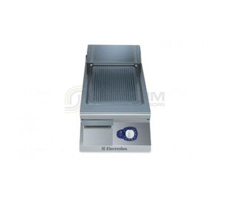 Electrolux 900XP E9FTGDSR00 400mm wide Sloped Ribbed Gas Frytop Griddle | Griddles