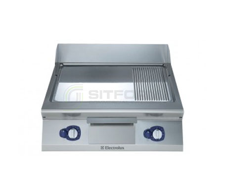 Electrolux 900XP E9FTGHCP00 – 800mm wide Sloped Chrome Plated Gas Frytop Griddle | Griddles